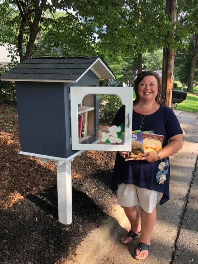 Little Free Library Dogwood