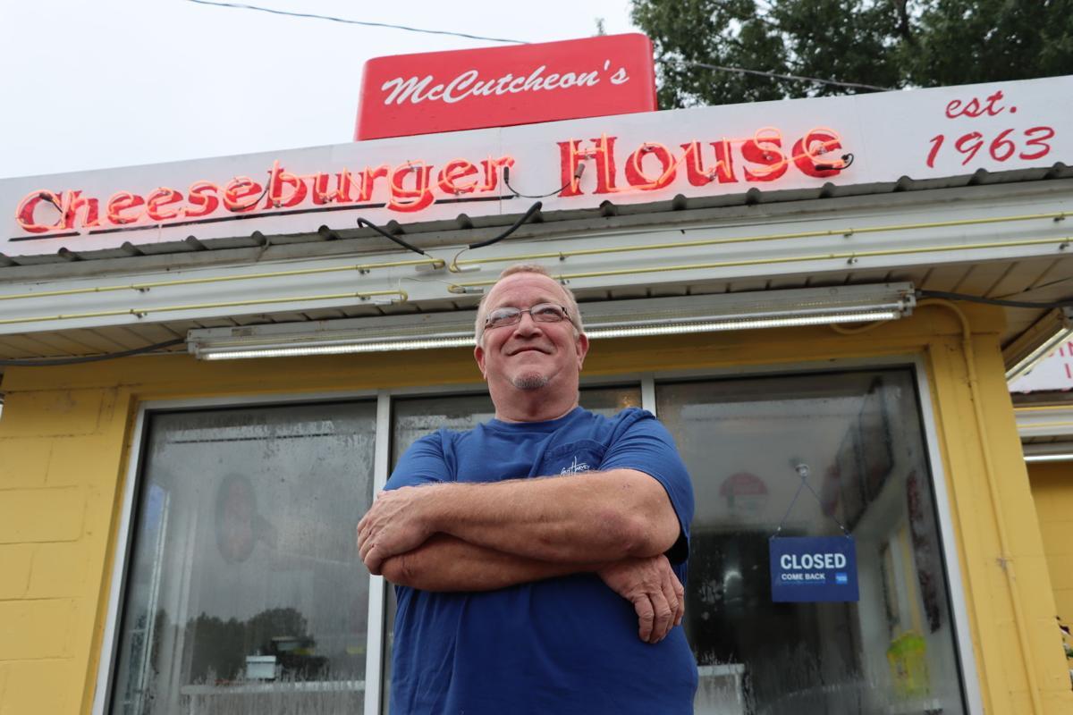 Cheeseburger House 01