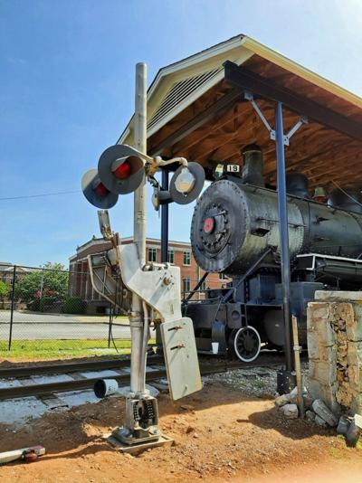 Tour train cars, play games, ride a mini train, enjoy concessions at the RRHC in Greenwood