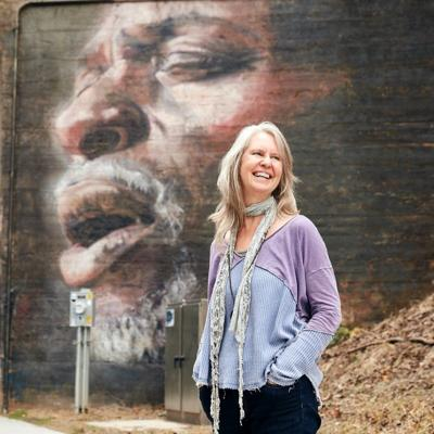 Atlanta artist Suzy Schultz has an exhibit opening at Presbyterian College Friday