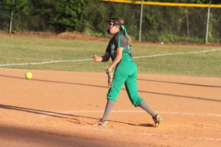 After slow start, Dixie softball rolls to opening round win