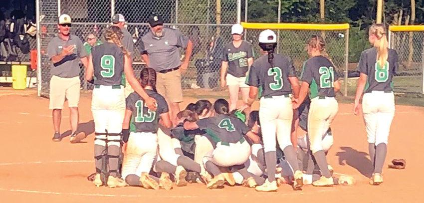 Dixie softball team advances to state championship series | High