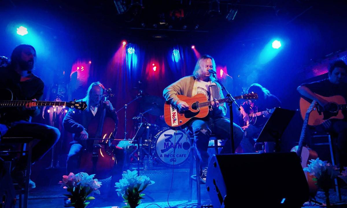 Nevermind is playing an acoustic Nirvana tribute show at Abbeville Opera House Friday