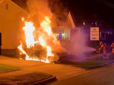 Car fire 01