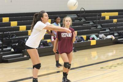 0906 Greenwood volleyball