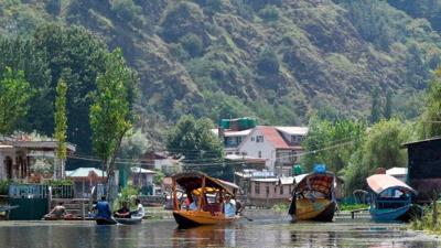 Kashmir hotels empty or shut as tourist restrictions lifted