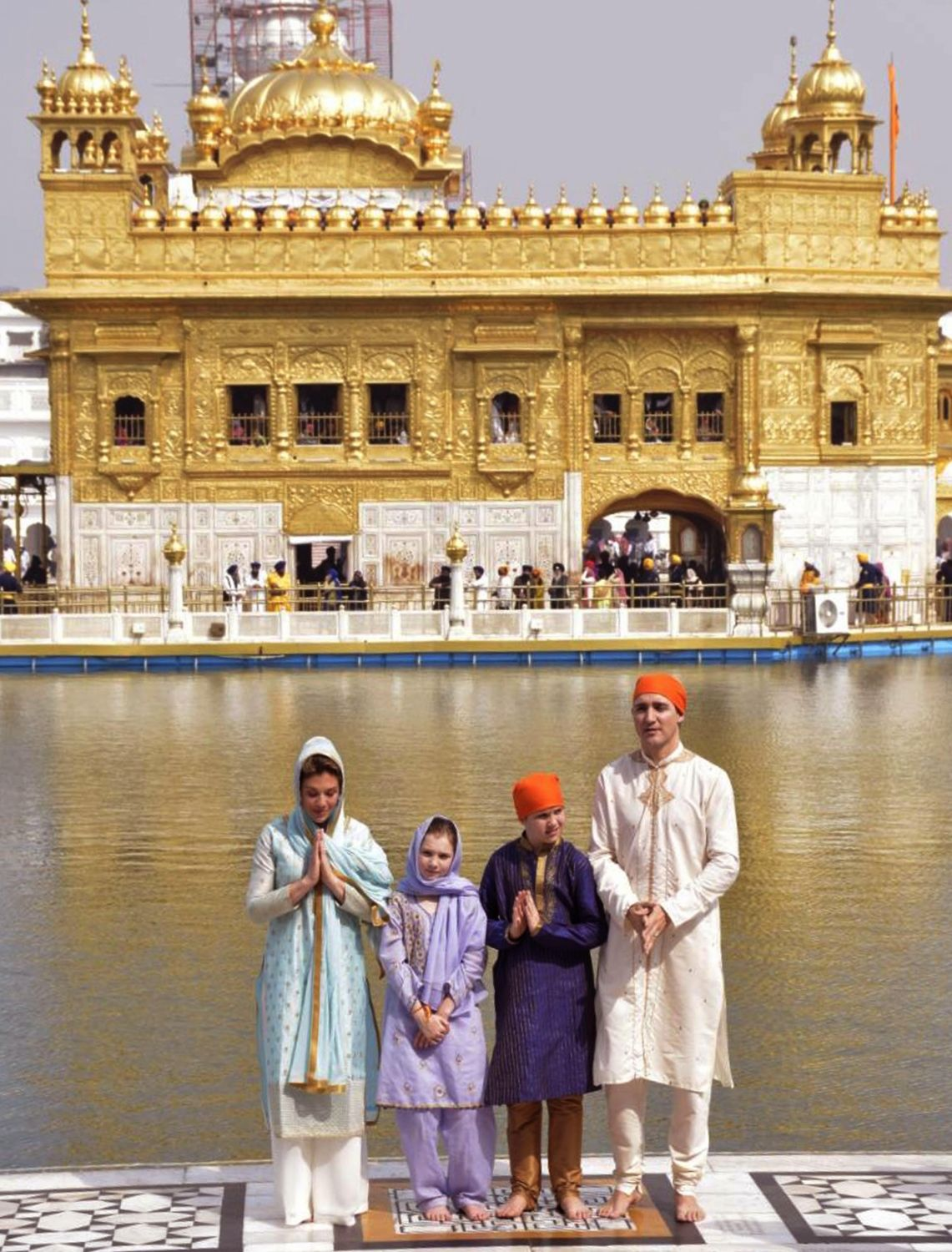 trudeaus offer prayers at golden temple, perform 'sewa' | diplomacy