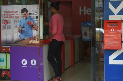 Share roller-coaster for India telecom rivals ends on a high