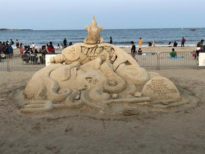 Indian sand artist wins People's Choice Award at Boston festival