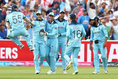 England get World Cup back on track with India win