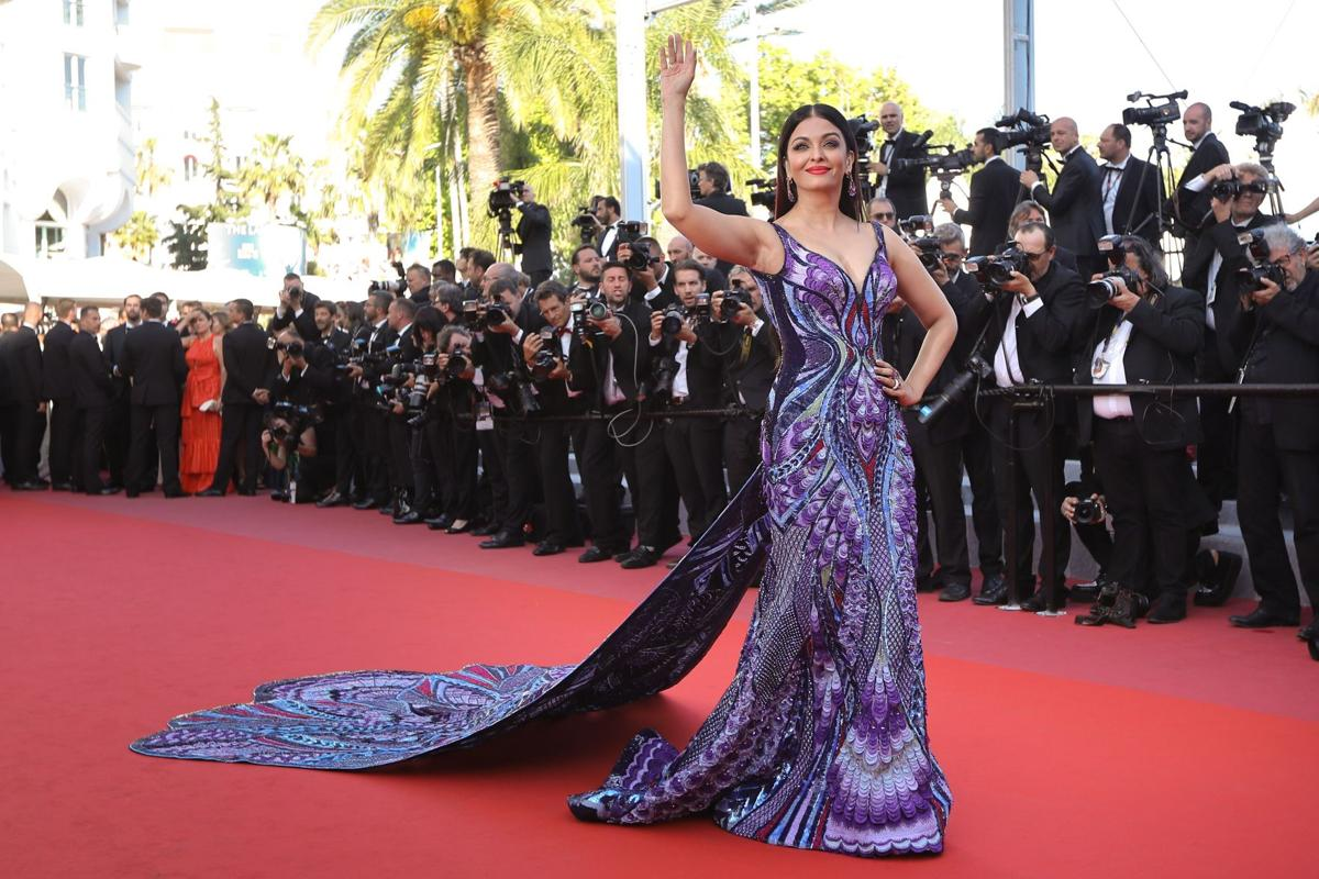 Bollywood belles sizzle at Cannes Film Festival
