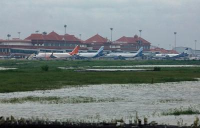 Key airport closed as Kochi faces repeat flood crisis