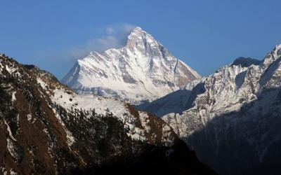 Bodies of climbers found in Himalayas were roped together: police