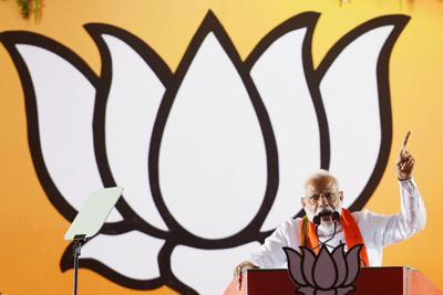 Indian-American strategic expert says Modi must resuscitate 'Neighborhood First' policy