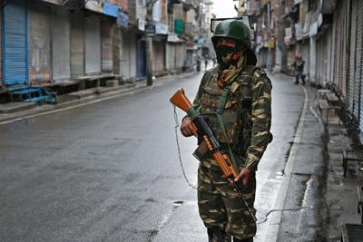 Kashmir issue roils lawmakers and pundits as Congress prepares for a hearing