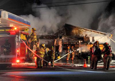 Blaze destroys auto repair shop 1088