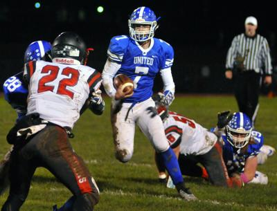 Gazette Photo Gallery: Lions power to 47-16 win over Dragons