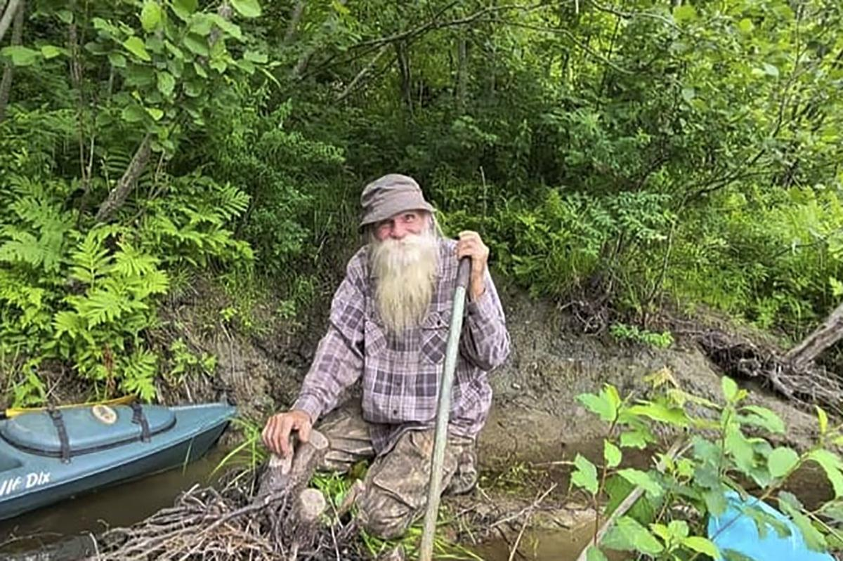 After decades in woods, New Hampshire man forced from cabin   News    indianagazette.com