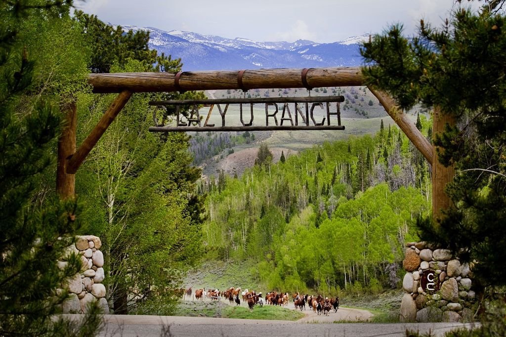 C Lazy U offers guests five-star standards and western elegance