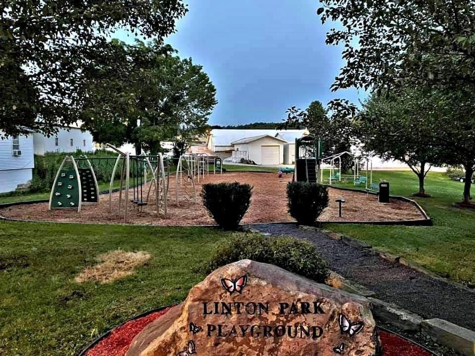 Linton Park 1.JPG