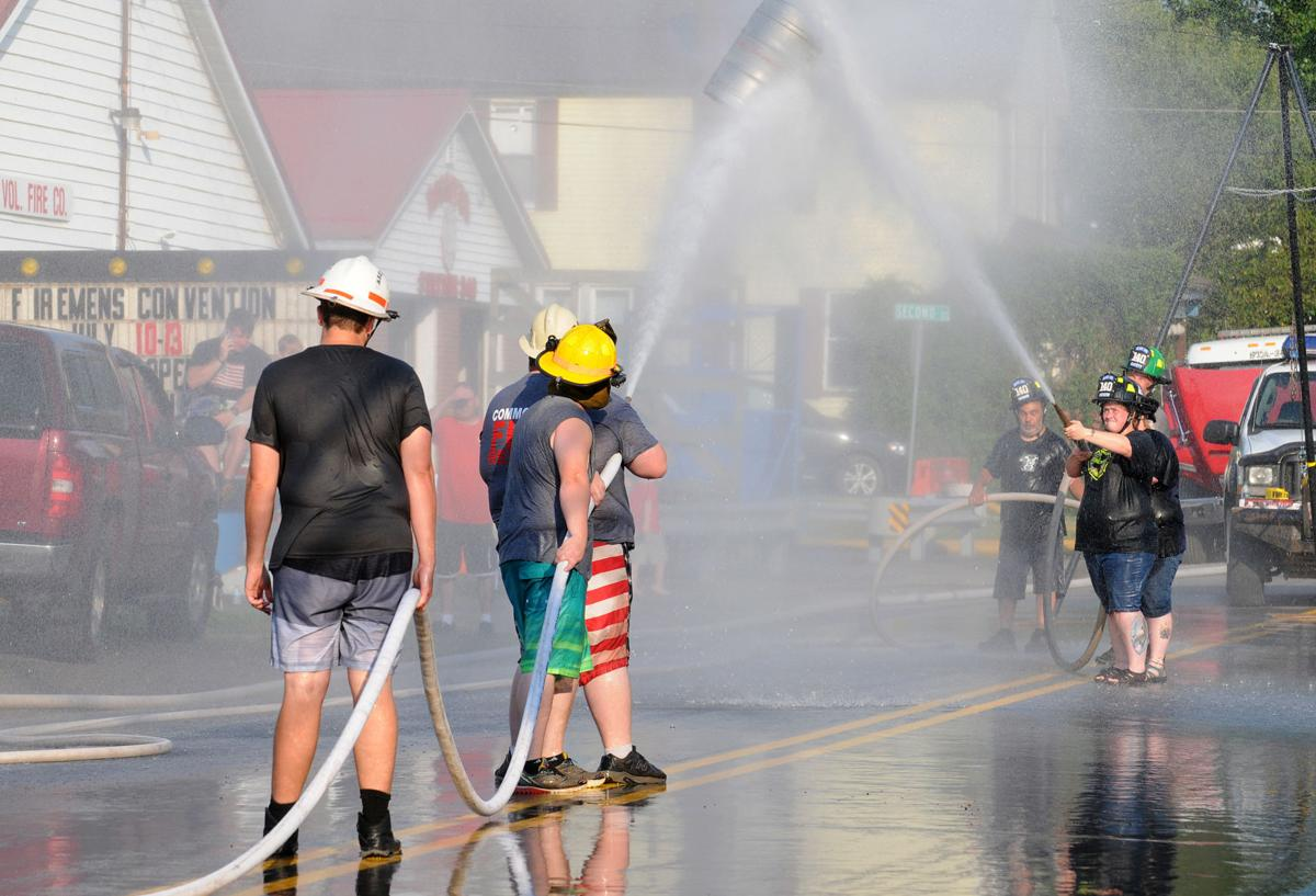 Rossiter Fire Convention BOB 835.jpg
