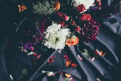 Obits floral 04
