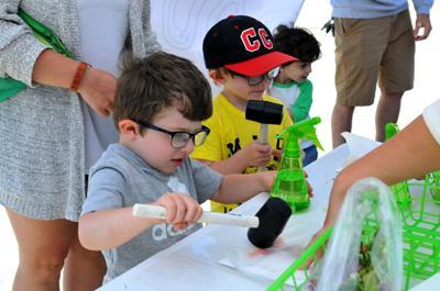 Kids Day farmers market 988