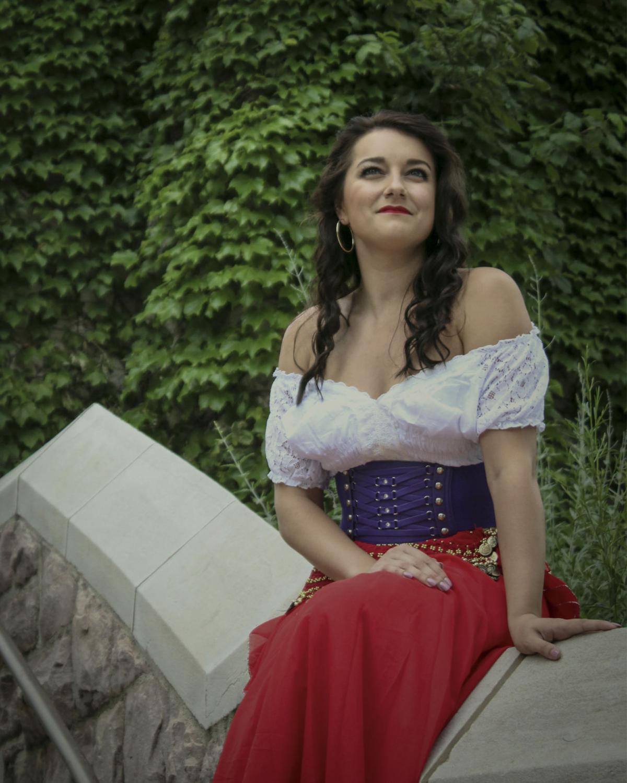 Hunch - Esmeralda promo 2.jpg