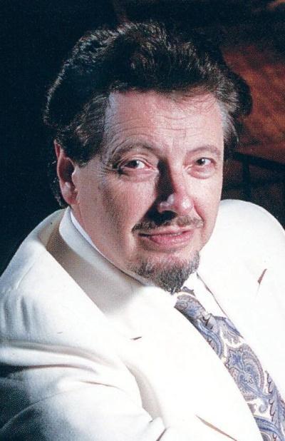 Robert L. Larsen, Indianola