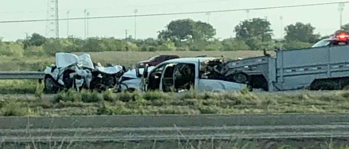 Kaufman PD investigating fatal crash on U S  Highway 175 involving 5