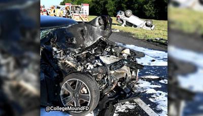 Three Injured In Fiery Two Vehicle Rollover Crash On Interstate 20 Local News Inforney Com