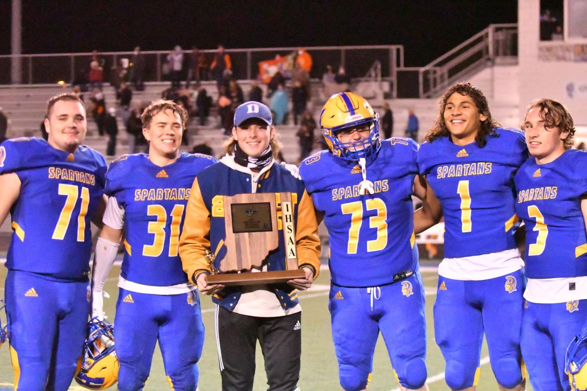 Sectional trophy