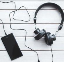 Headphones220