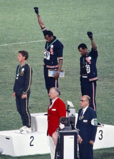 John_Carlos,_Tommie_Smith,_Peter_Norman_1968-hi-rez
