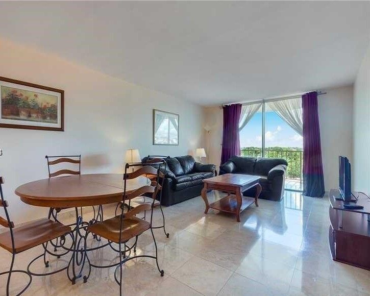 Lovely furnished condo at the Cape Florida Club