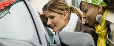 This car buyer's checklist — created by a professional car shopper — will help you get the right vehicle at a good price.