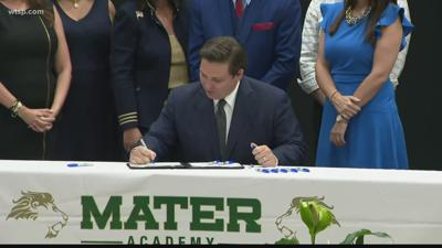 DeSantis signs bill increasing teachers pay to $47,500