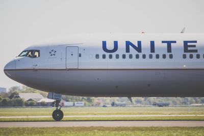 United Airlines using chartered flights to move Pfizer COVID vaccine.jpg