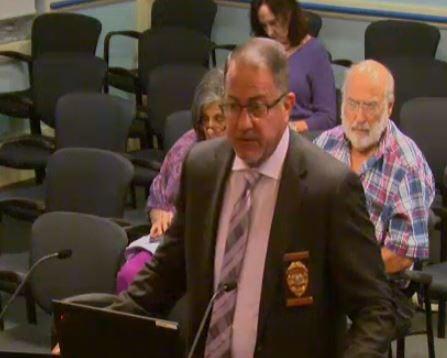 Council meeting - Chief press addresses council