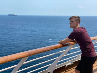 60,000 crew members still trapped on 90 cruise ship in limbo at sea