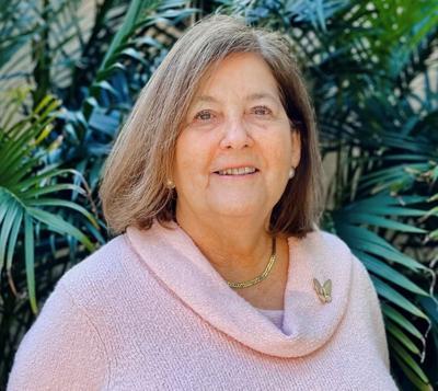 Debbie Roa.jpg