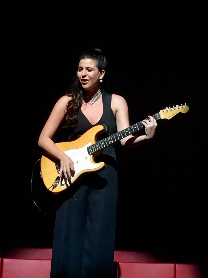 Isa Peña American Idol