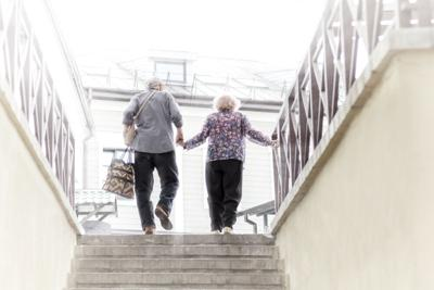 How older adults can reduce the risk of falling