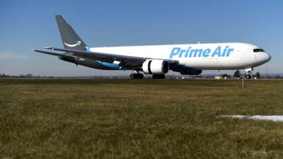 Amazon purchasing used aircrafts