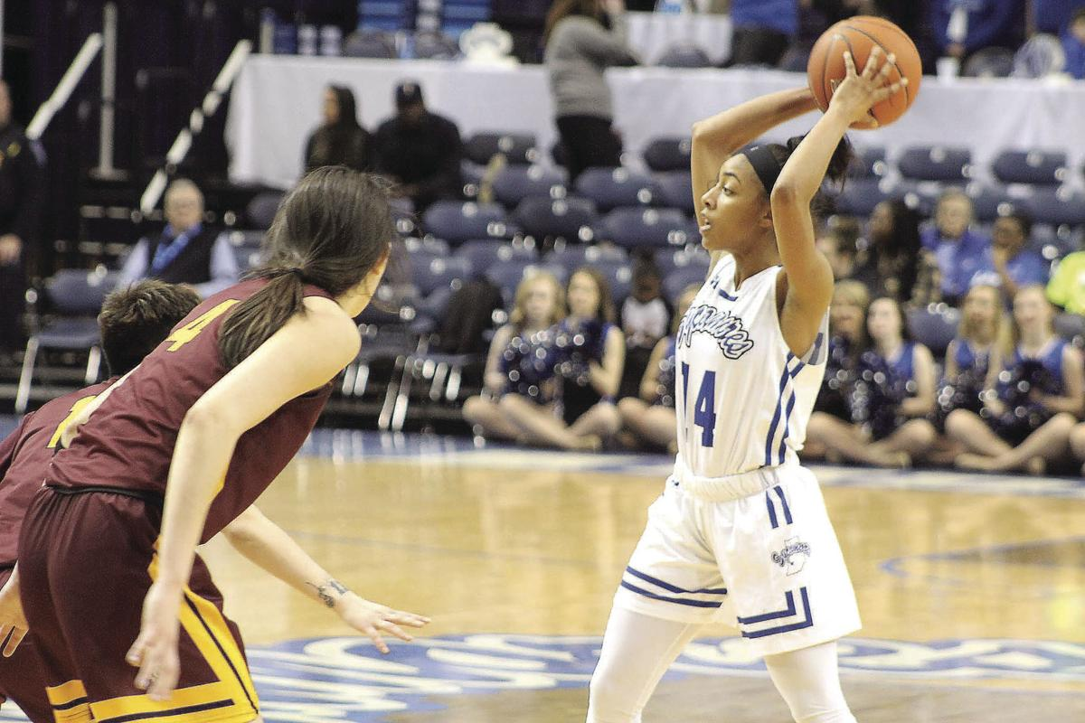 9ae7ed2d2929 Lady Sycamores go 1-for-1 on the Weekend