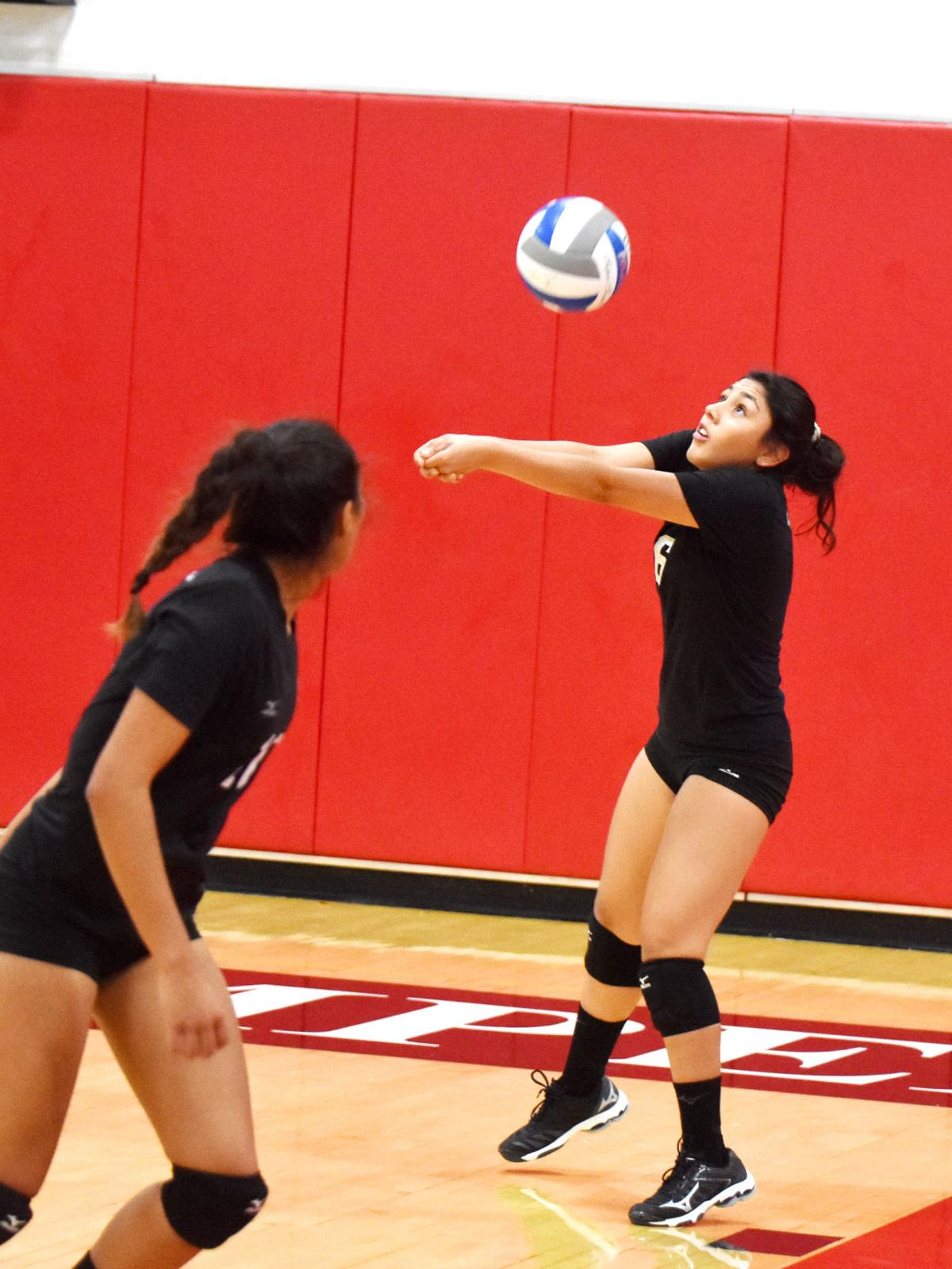 IVC Volleyball sees first home action at Round Robin Classic
