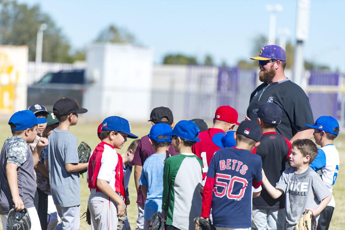 Ex-Dodger Castro among coaches expected at IVBN camp