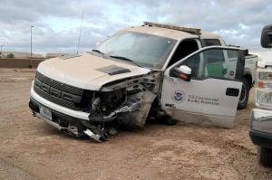 CA - Suspected drug trafficker crashes into Border Patrol ...