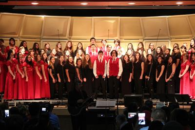 Choral Winter Concert enthralls parents, students