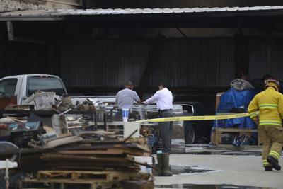 Valley Briefs: Unidentified man dies in fire